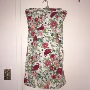 Floral tight day dress